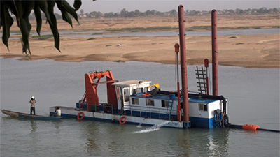 10 inches dredger